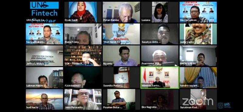 https: img.okezone.com content 2021 02 07 320 2358082 3-saran-ekonom-uns-agar-ekonomi-indonesia-bisa-lari-lagi-cufAeynneg.jpg
