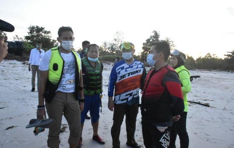 https: img.okezone.com content 2021 02 07 406 2358038 indonesia-triathlon-series-bakal-digelar-di-belitung-sandiaga-uno-venue-terbaik-BJllCOZHs4.jpg