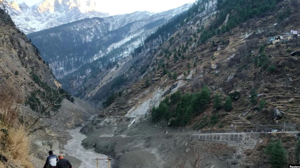 https: img.okezone.com content 2021 02 08 18 2358241 gletser-himalaya-pecah-150-orang-dikhawatirkan-tewas-2UIyTouunP.jpg