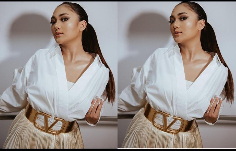 https: img.okezone.com content 2021 02 08 194 2358500 stunning-marion-jola-pakai-outfit-nyaris-rp100-juta-3uv8bh6mct.jpg