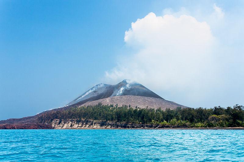https: img.okezone.com content 2021 02 08 408 2358748 bertamasya-ke-pulau-anak-krakatau-ini-sederet-aktivitas-seru-bisa-dilakukan-7TuE1Yzgf1.jpg