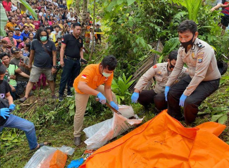 https: img.okezone.com content 2021 02 09 340 2359417 putri-kades-di-nias-selatan-tewas-jasadnya-ditemukan-dalam-karung-5ON9hG6jE8.jpg