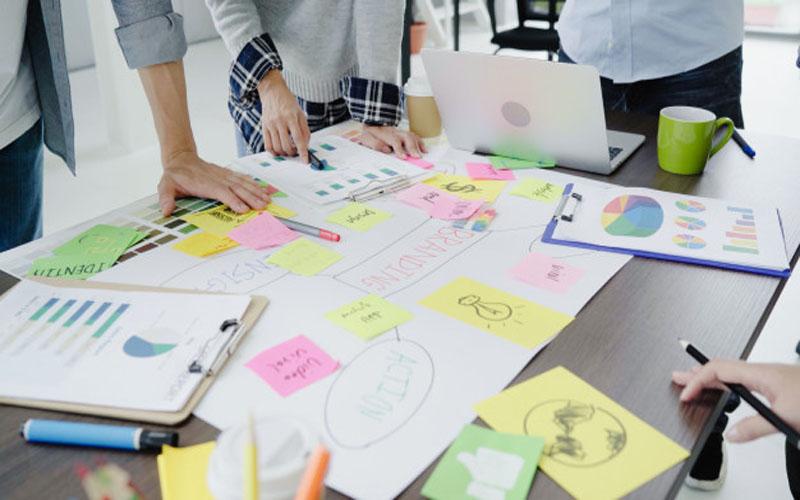 https: img.okezone.com content 2021 02 09 65 2359180 mendirikan-rintisan-start-up-mahasiswa-perlu-perhatikan-hal-ini-GpZncAcnPm.jpg