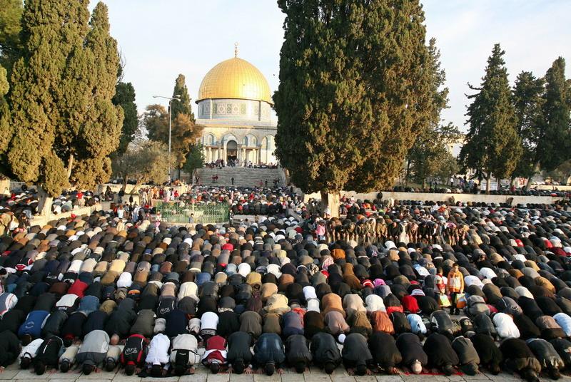 https: img.okezone.com content 2021 02 10 18 2359796 wali-kota-yerusalem-ancam-larang-muslim-yang-tidak-divaksinasi-covid-19-masuk-masjid-I5yRbG7ZBQ.jpg