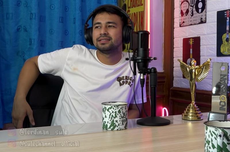 https: img.okezone.com content 2021 02 10 33 2359915 tak-banyak-yang-tahu-raffi-ahmad-keturunan-kyai-pakistan-dan-darah-biru-yQnbvKlnbR.jpg
