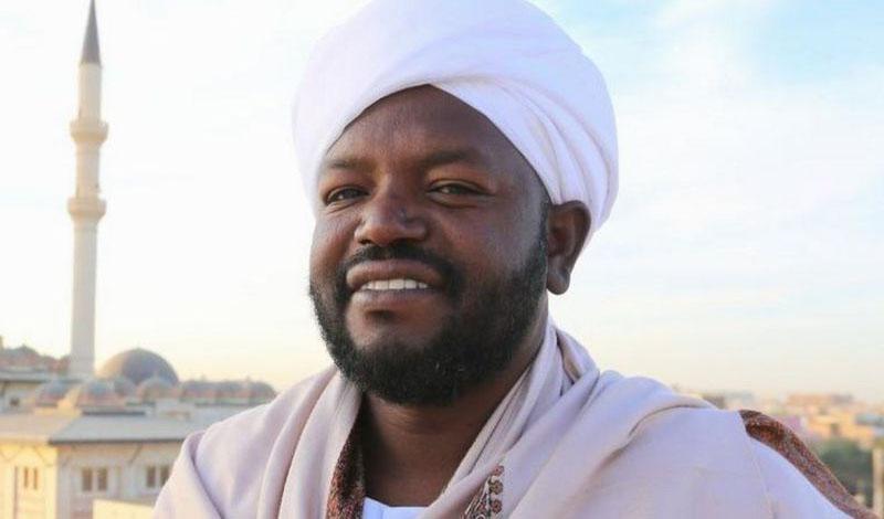 https: img.okezone.com content 2021 02 10 330 2359825 suara-khas-nourin-mohamed-siddiq-membaca-al-qur-an-banyak-dirindukan-4Ks3JTpan1.jpg