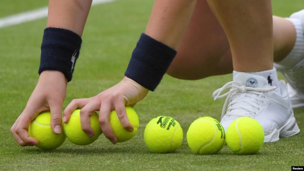 https: img.okezone.com content 2021 02 11 18 2360396 jangan-khawatir-covid-19-tidak-dapat-menyebar-lewat-bola-tenis-atau-kriket-9eo7yuO4fn.jpg
