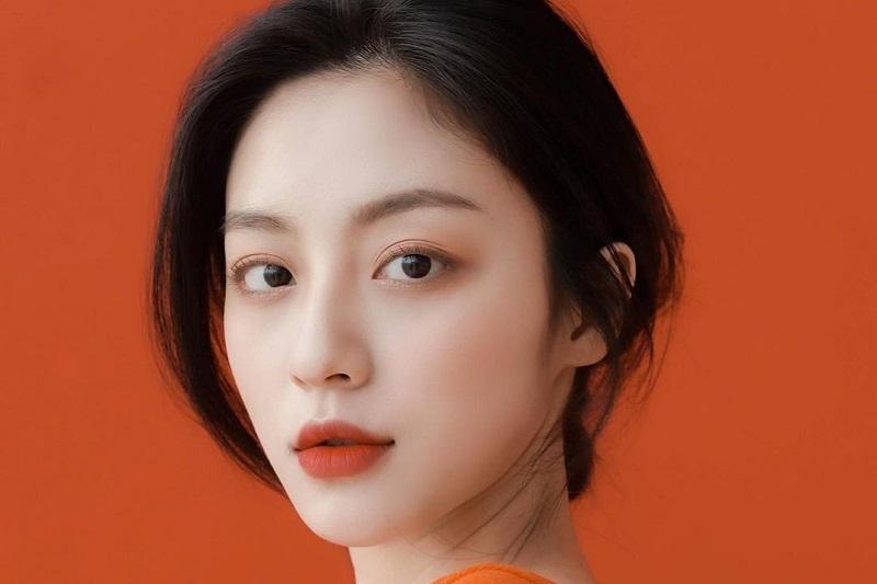 https: img.okezone.com content 2021 02 11 206 2360626 kang-min-ah-gabung-dalam-drama-baru-yeo-jin-goo-dan-shin-ha-kyun-ChonTzDlHw.jpg