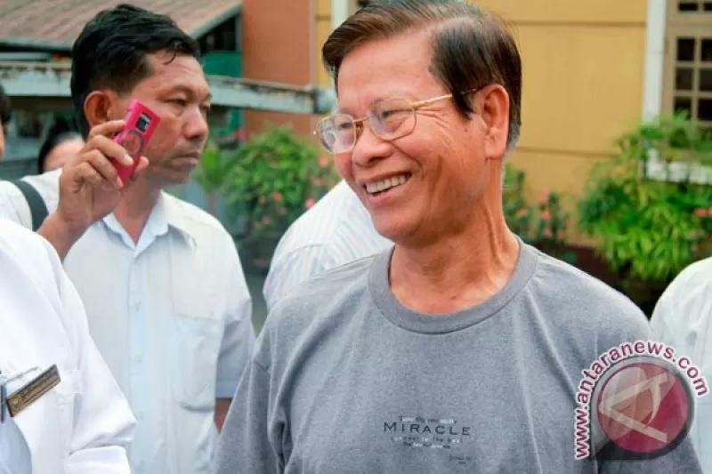 https: img.okezone.com content 2021 02 12 18 2360884 junta-militer-myanmar-ampuni-lebih-dari-23-000-tahanan-qabJvEwlnT.jpg