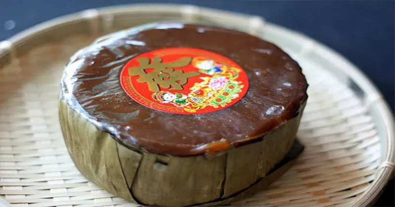 https: img.okezone.com content 2021 02 12 298 2360847 kue-keranjang-makanan-khas-imlek-simbol-kerukunan-RcRKdsOrqC.jpg