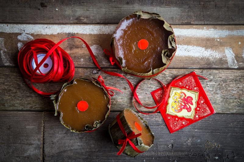 https: img.okezone.com content 2021 02 12 298 2360942 seluk-beluk-kue-keranjang-hidangan-khas-perayaan-imlek-ogLb9zcZTs.jpg