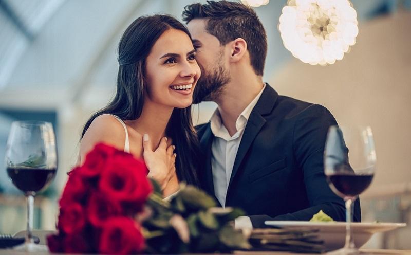 https: img.okezone.com content 2021 02 12 612 2361060 7-ucapan-manis-saat-hari-valentine-cocok-diberikan-untuk-pasanganmu-enHReXDi4m.jpg