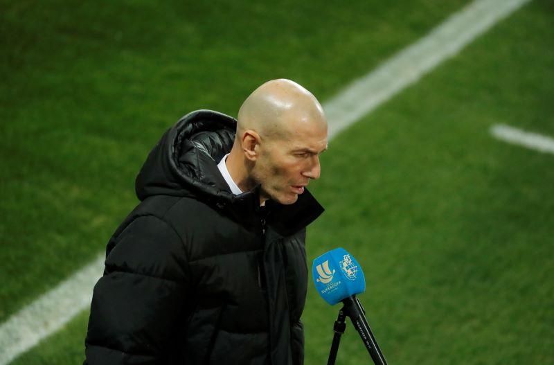 https: img.okezone.com content 2021 02 12 620 2361229 zidane-cukup-percaya-diri-mampu-bantu-madrid-raih-liga-spanyol-dan-liga-champions-6IYLPaNRPq.JPG