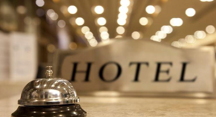 https: img.okezone.com content 2021 02 14 406 2361648 pengelola-hotel-di-surabaya-wajib-laporkan-tamu-menginap-lebih-3-hari-BBn8E9Xln8.JPG