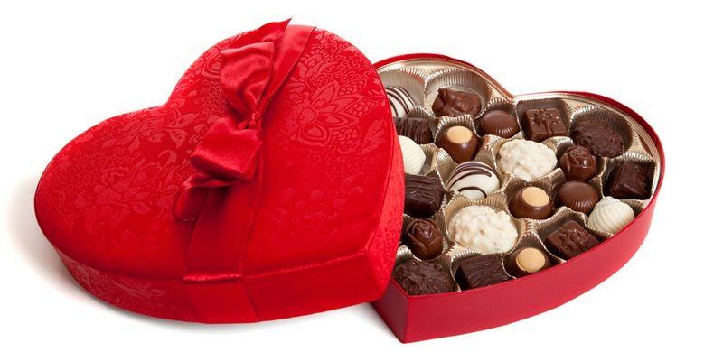 https: img.okezone.com content 2021 02 14 406 2361893 jenis-jenis-cokelat-saat-perayaan-valentine-di-jepang-OGjpcsQNzI.jpg