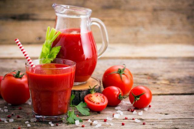 https: img.okezone.com content 2021 02 14 481 2361948 jus-tomat-dan-teh-hitam-ternyata-ampuh-turunkan-gula-darah-penderita-diabetes-kH9B9S7aYO.jpg