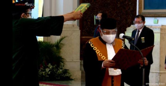 https: img.okezone.com content 2021 02 15 337 2362102 presiden-jokowi-lantik-andi-samsan-sebagai-wakil-ketua-ma-bidang-yudisial-zXzlJqNyiT.jpg