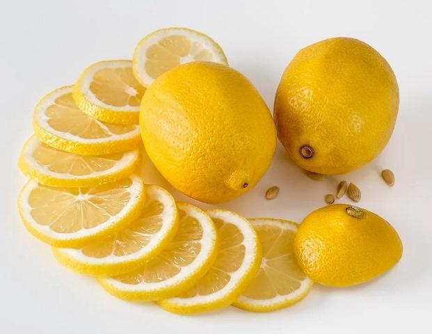 https: img.okezone.com content 2021 02 15 620 2362398 kulit-lemon-ternyata-beri-banyak-manfaat-kesehatan-apa-saja-ya-YOgnJP35lb.jpg