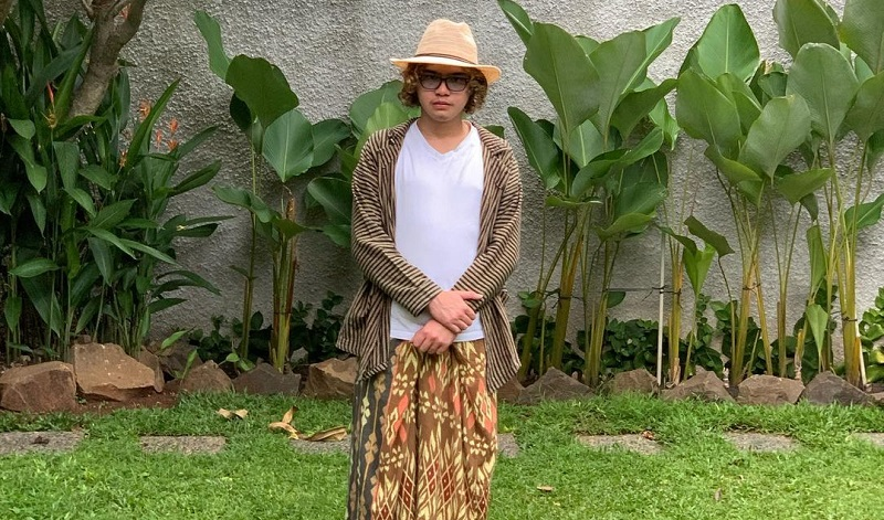 https: img.okezone.com content 2021 02 16 205 2362857 pengalaman-mahal-dul-jaelani-terharu-kolaborasi-bareng-geisha-ke87Y9juu7.jpg