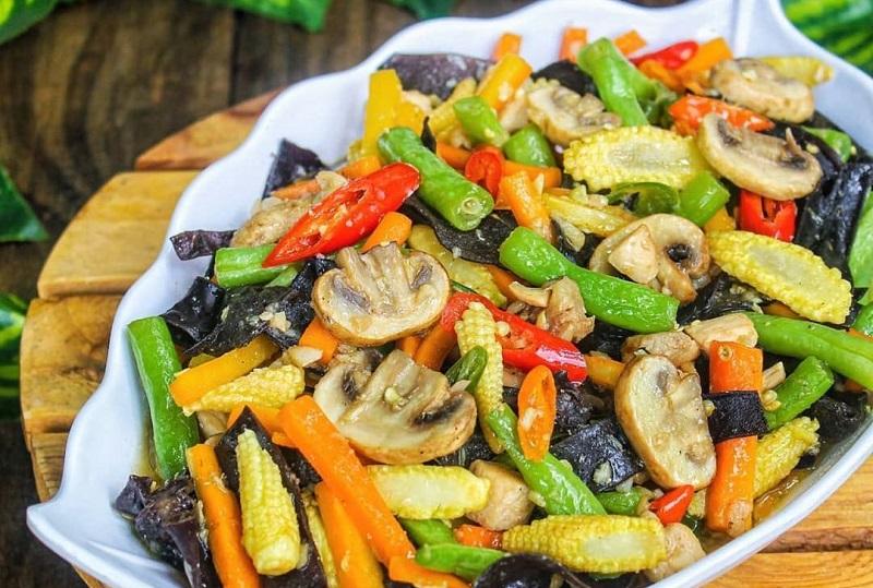 https: img.okezone.com content 2021 02 16 298 2362749 resep-tumis-sayur-campur-menu-makan-siang-praktis-dan-sehat-Y7SiAX0P1J.jpg