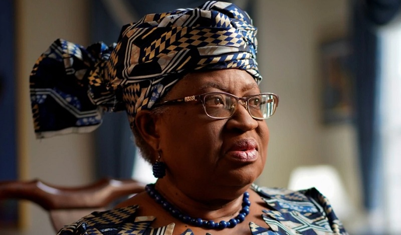 https: img.okezone.com content 2021 02 16 320 2362888 ngozi-okonjo-iweala-jadi-wanita-dan-orang-afrika-pertama-pimpin-wto-PuerKJjhIO.jpg