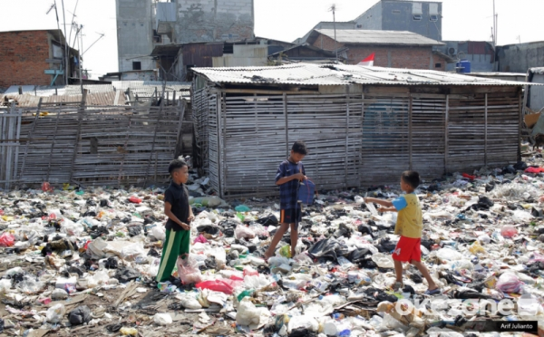 https: img.okezone.com content 2021 02 16 320 2363076 ri-punya-cara-baru-kurangi-kemiskinan-di-desa-UgZ40plCQJ.jpg