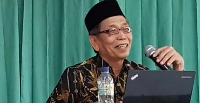 https: img.okezone.com content 2021 02 16 337 2362644 jalaluddin-rakhmat-meninggal-sejumlah-tokoh-puji-karyanya-2YUlFC0pbR.jpg