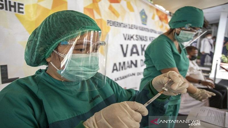 https: img.okezone.com content 2021 02 16 337 2362730 program-vaksinasi-mandiri-harus-lindungi-data-pribadi-KqzWEIfp50.jpg