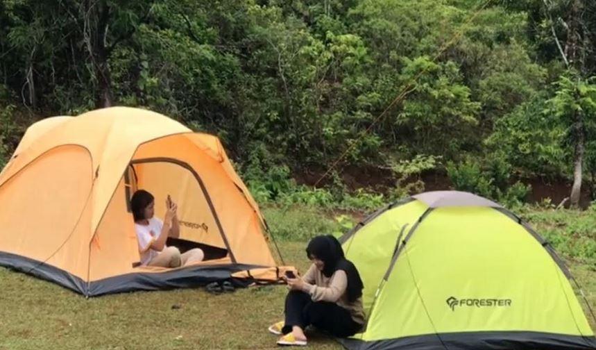 https: img.okezone.com content 2021 02 16 408 2363183 camping-seru-sambil-selfie-di-balon-udara-bisa-kok-INmo6KfAi0.JPG