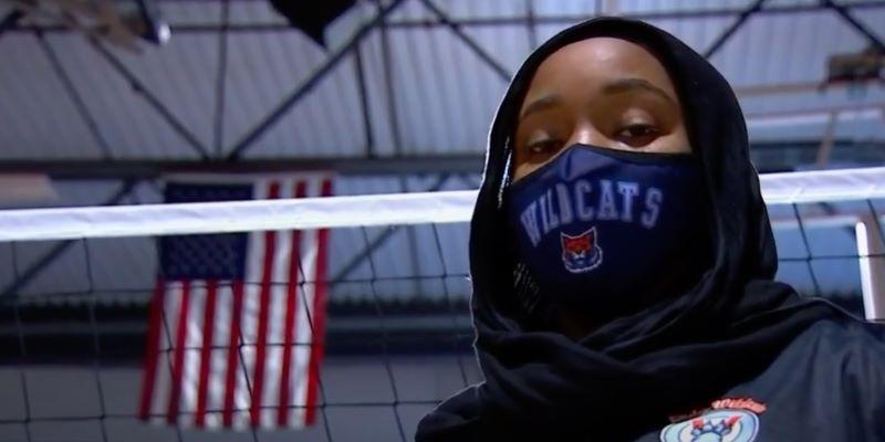 https: img.okezone.com content 2021 02 16 43 2362748 berkat-najah-aqeel-amerika-kini-bolehkan-pevoli-untuk-kenakan-hijab-1G8wA1wvI9.jpg
