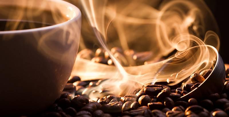 https: img.okezone.com content 2021 02 17 298 2363831 bukan-kopi-luwak-inilah-kopi-termahal-di-dunia-harganya-rp13-juta-kg-2RAO2TJQCE.jpg