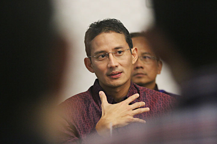 https: img.okezone.com content 2021 02 17 406 2363799 menyimpan-segudang-peluang-usaha-sandiaga-uno-ajukan-dangdut-sebagai-warisan-budaya-indonesia-rSATStqOPb.jpg
