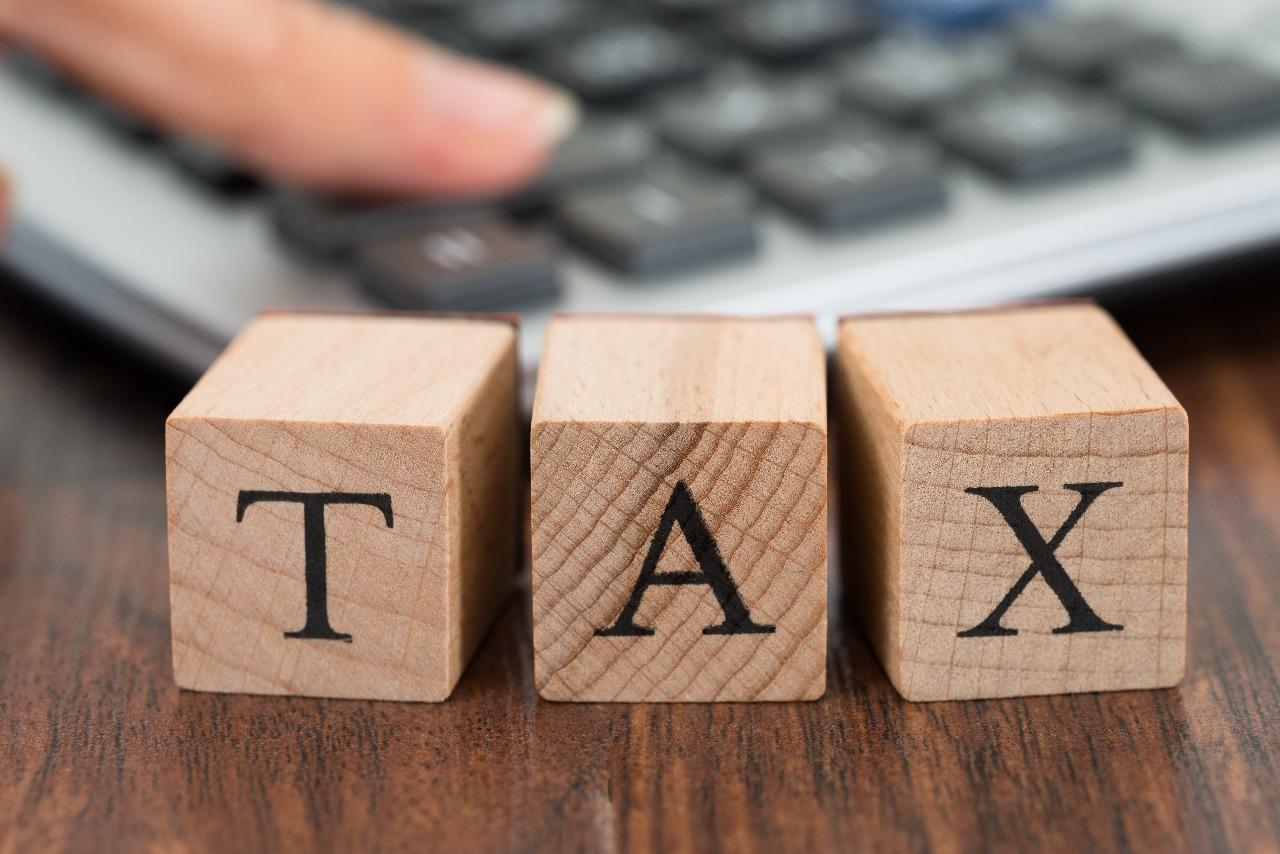 https: img.okezone.com content 2021 02 17 455 2363556 umkm-bebas-pajak-penghasilan-tahun-ini-cek-syaratnya-LlmLMDFTWA.jpg