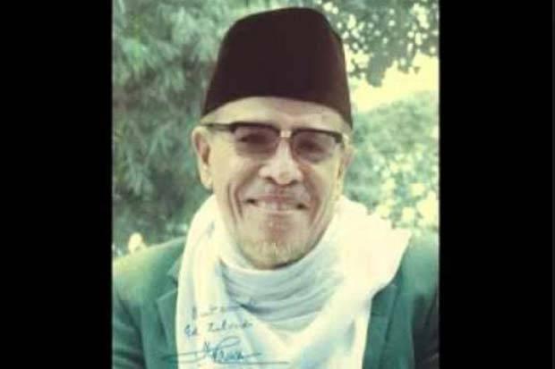 https: img.okezone.com content 2021 02 18 337 2363975 menelusuri-jejak-hamka-muda-dan-muhammadiyah-di-swiss-van-java-cUi4IweLjH.jpg