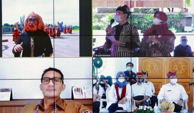 https: img.okezone.com content 2021 02 18 406 2363949 menparekraf-harap-banyuwangi-festival-2021-buka-banyak-lapangan-kerja-7w79jdsMCz.JPG