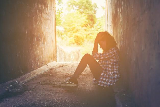 https: img.okezone.com content 2021 02 18 481 2364095 kenali-8-gejala-depresi-pernahkah-anda-rasakan-bwwJ7CnGp3.jpg