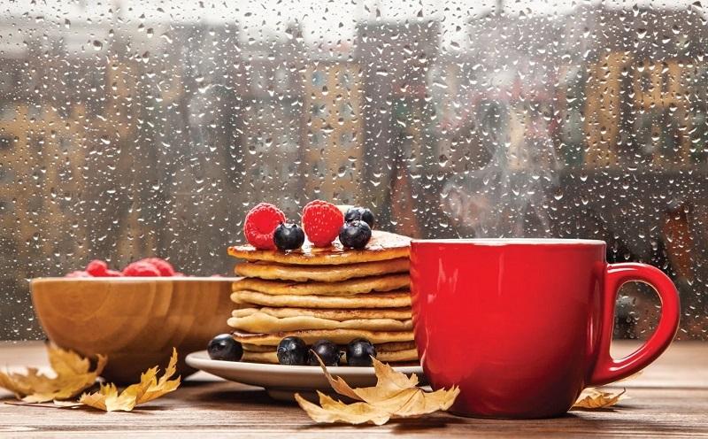 https: img.okezone.com content 2021 02 21 298 2365718 5-makanan-yang-baik-dikonsumsi-saat-musim-hujan-YbIZ0ub9ju.jpg