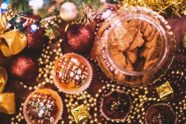 https: img.okezone.com content 2021 02 21 298 2365900 5-cokelat-termahal-di-dunia-ada-yang-tembus-rp21-miliar-lho-IyWPE0eGNk.jpg