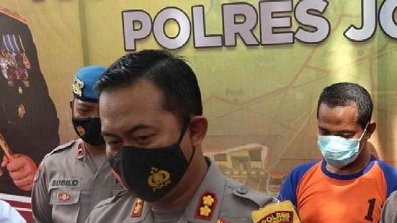 https: img.okezone.com content 2021 02 21 519 2365734 korban-pencabulan-pimpinan-ponpes-di-jombang-bertambah-7-orang-XoVLfbKkik.jpg