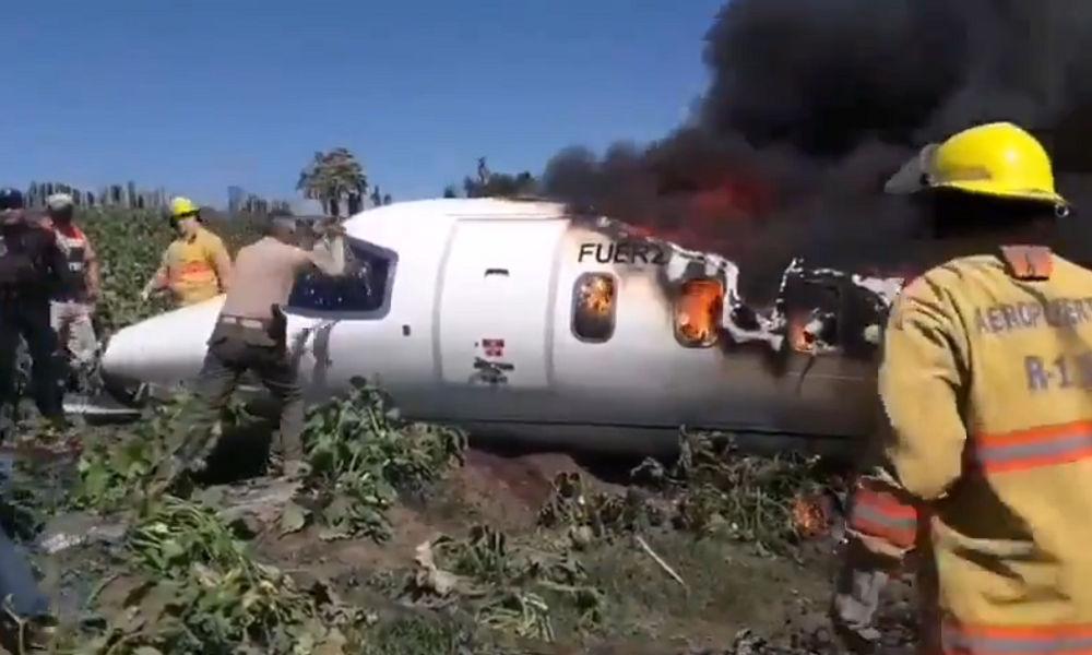 https: img.okezone.com content 2021 02 22 18 2365982 pesawat-angkatan-udara-jatuh-6-anggota-militer-tewas-sIM0tJEfJs.jpg