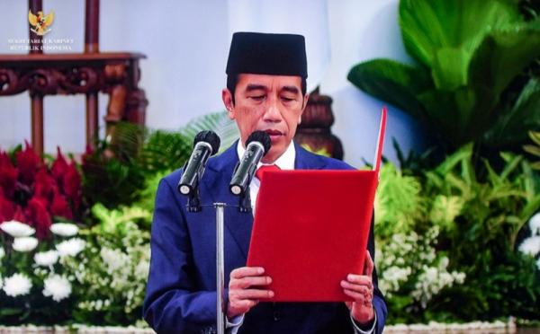 https: img.okezone.com content 2021 02 22 320 2366016 presiden-jokowi-lantik-dewas-dan-direksi-bpjs-kesehatan-hari-ini-74PAyu3flJ.jpg
