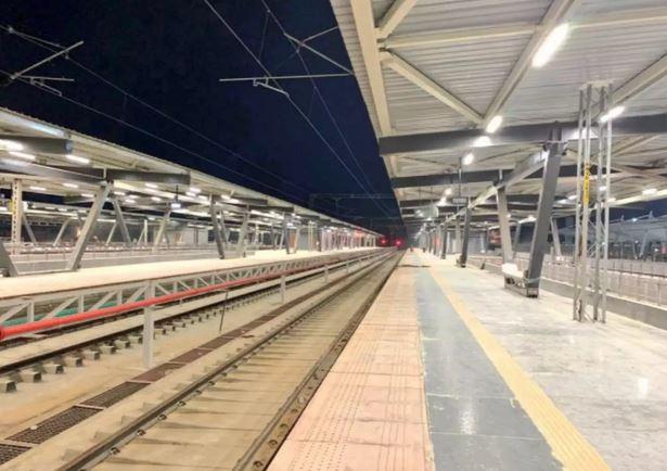 https: img.okezone.com content 2021 02 22 406 2366415 stasiun-kereta-api-dengan-fasilitas-mewah-segera-hadir-gak-kalah-dibanding-bandara-pgiTgOwr5r.JPG
