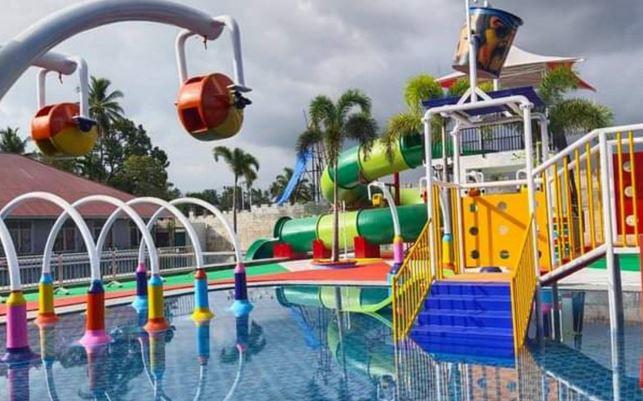https: img.okezone.com content 2021 02 22 408 2366422 wahana-emersia-water-park-hadir-di-tanah-datar-resmi-dibuka-untuk-umum-uv7AM92kUv.JPG