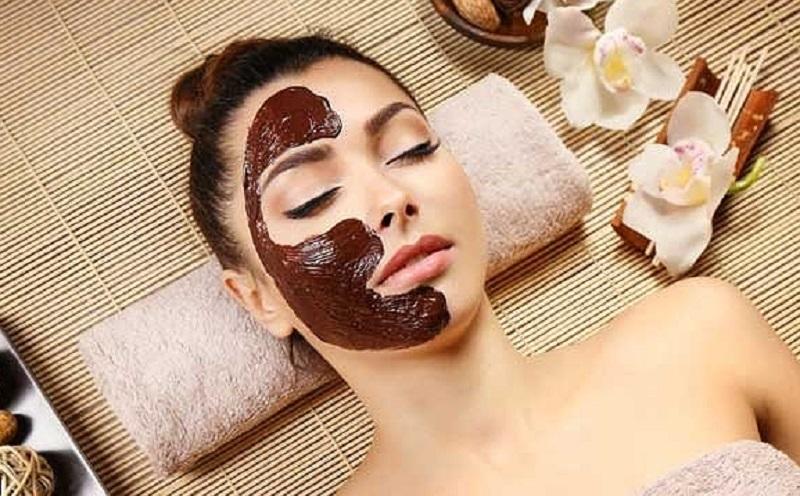 https: img.okezone.com content 2021 02 22 611 2366300 5-produk-kecantikan-berbahan-cokelat-apa-saja-x6ruMnM3hk.jpg