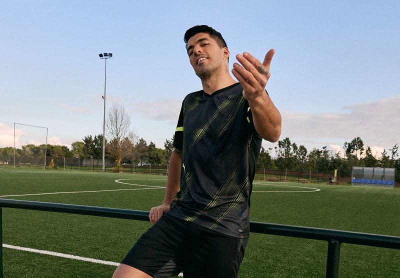 https: img.okezone.com content 2021 02 23 261 2367108 atletico-madrid-vs-chelsea-luis-suarez-ingin-pamer-ke-barcelona-swWqE0bmKY.jpg