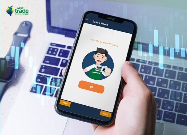 https: img.okezone.com content 2021 02 23 278 2366861 sambil-rebahan-ini-cara-gampang-buka-rekening-trading-saham-di-apps-mnc-trade-new-6uKAQDwM0O.jpg
