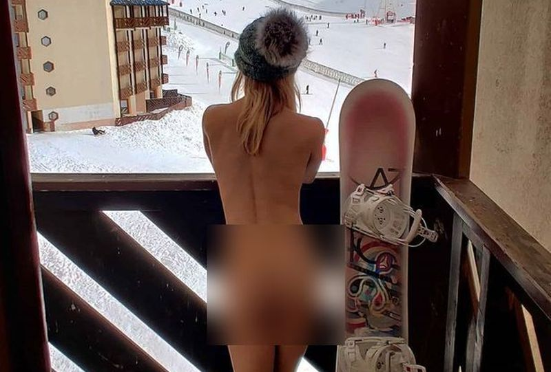 https: img.okezone.com content 2021 02 23 406 2366803 ini-alasan-selebgram-belanda-nekat-main-ski-tanpa-busana-YZW2RTsvDU.jpg