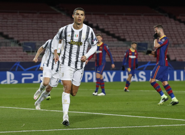 Pakai Gaji per Hari, Cristiano Ronaldo Bisa Beli R
