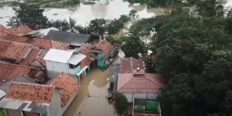https: img.okezone.com content 2021 02 24 338 2367598 19-433-hektar-lahan-pertanian-di-bekasi-rusak-usai-terendam-banjir-zTahHjUdOc.jpg