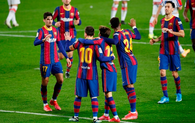 https: img.okezone.com content 2021 02 24 46 2367813 meski-terpuruk-barcelona-diyakini-masih-dalam-persaingan-gelar-juara-bL5c8pQekY.jpg